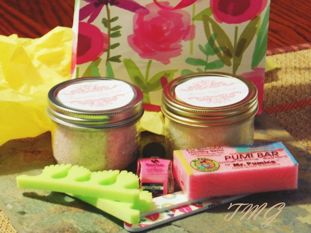 DIY Spa Mother's Day Gift, www.moderngillie.com